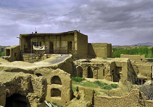 قلعه های تاریخی باغشاد